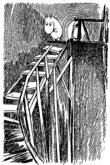 Муми-тролль на лестнице